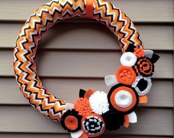 Halloween Wreath,  Fall Wreath, Autumn Wreath - Black, Orange and White Chevron Ribbon Wreath w/ Felt Flowers - Felt Wreath - Flower Wreath