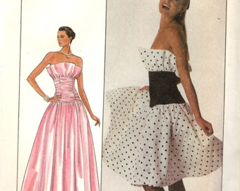 Simplicity 8949 YOUTHFUL STRAPLESS GOWN © 1989