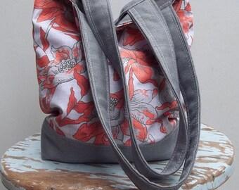Red Floral Vintage Inspired Bag - Linen - Cotton - 2 Pockets