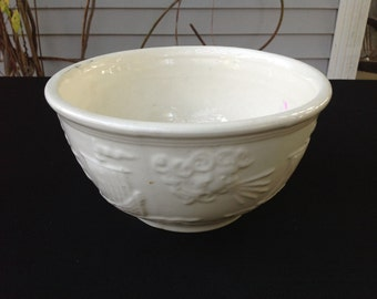 Vintage Creamy White Heavy Bowl with Great Sailboats and North Wind Design