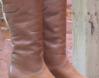 70s Shearling Boots 6 by Bootlegger in a Tan Leather NOS