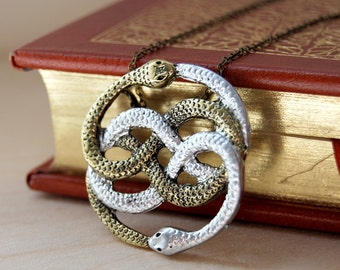 Neverending Story Auryn Necklace - PLEASE READ DISCLAIMER -