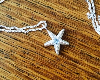 Starfish Necklace with Birthstone in Sterling Silver (Aquamarine)