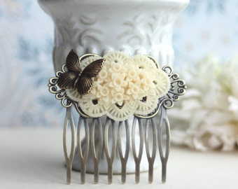 Ivory Floral Flower Butterfly Wedding Hair Comb. Floral Bouquet. Rustic Ivory. Wedding Hair Accessories. Vintage Inspired. Bridesmaids Gift.