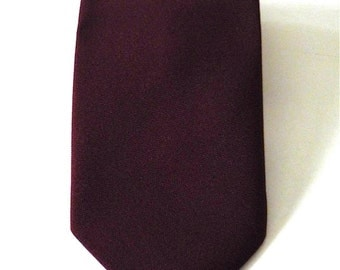 Vintage Neckties Men's 70's Clip On Tie, Burgundy, Polyester, Neckwear