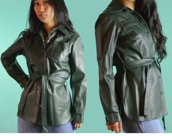 70s Womens Jacket / Forest Green Vinyl Snap Shirt Jacket / 1970s Fitted Boho PVC Weatherproof Hipster Jacket Size Small