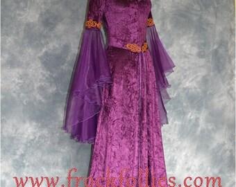 Bella, a Medieval, Pre-Raphaelite, Celtic, Renaissance, Pagan Gown suitable for hand fasting ceremonies.