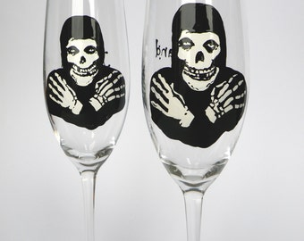 Hand painted Wedding Toasting Flutes Set of 2 Personalized Champagne glasses Helloween Skeleton