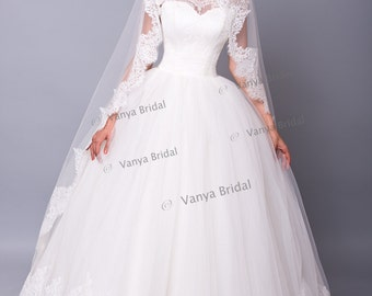 Wedding lace veil with Chantilly lace in Cathedral length with gathered top, Single tier Long Chantilly lace veil, Single layer lace veil