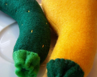 Felt Play Food Zucchini and Squash Eco Friendly Pretend Toy for Childrens Toy Kitchen - Stuffed with Bamboo Fiber