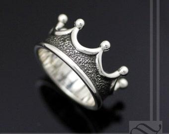 Mens Crown Ring - Choose your metal!