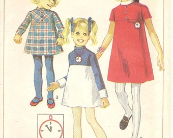 1960s Yoke Dress Pattern - Vintage Simplicity 7924 - Size 4