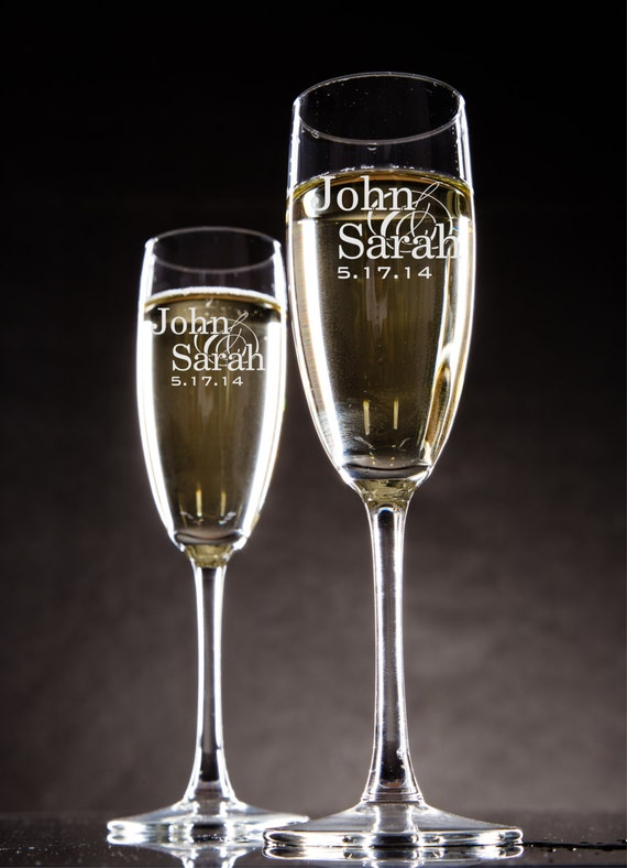 glasses champagne flutes bride and groom toasting glasses set of 2
