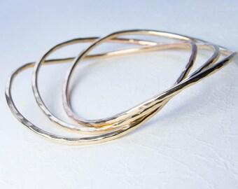 Fluide: Wavy Hammered Bangle Bracelets, Set of Three Stacking Bracelets. Custom Jewelry. Choose Gold Filled or Argentium Sterling Silver