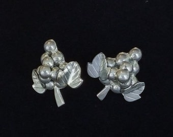 Vintage Taxco Mexican Sterling Silver Classic Grapes and Leaves Pierced Earrings