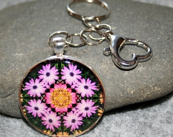 Daisy Purse Charm Bag Charm Keychain Boho Chic Mandala New Age Sacred Geometry Hippie Kaleidoscope Mod Unique Gift For Her Triumphant Soul