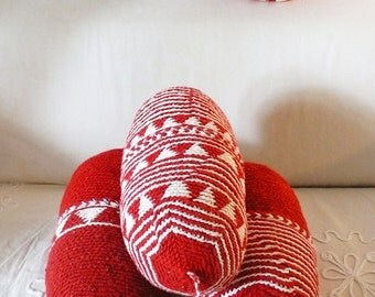Pillow Crochet Marrakech  -  Red triangles