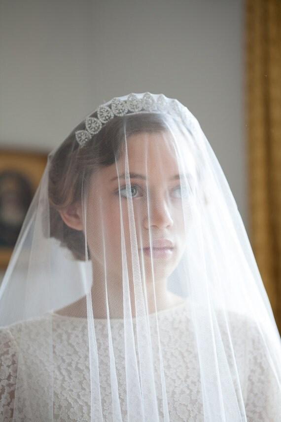 Vintage Wedding Veil and Tiara Bridal Crown Antique style