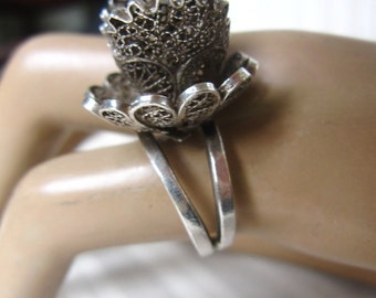 Large Vintage Silver filigree Flower Ring, Stunning Antique Elevated Ring Sz.5