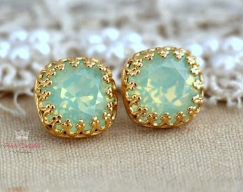 Mint Earrings,Swarovski Mint Opal Earrings,Mint Opal Studs,Swarovski Crystal Earrings,Bridesmaids Mint Earrings,Swarovski Bridal Studs