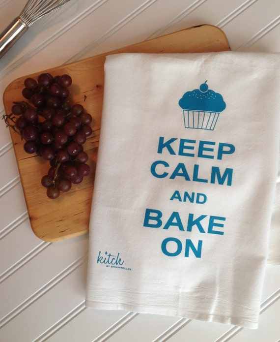 Tea Towel - Keep Calm and Bake On Flour Sack Retro Cotton Dish Cloth Kitsch Cupcake Teal Gifts Under 10 Mother's Day