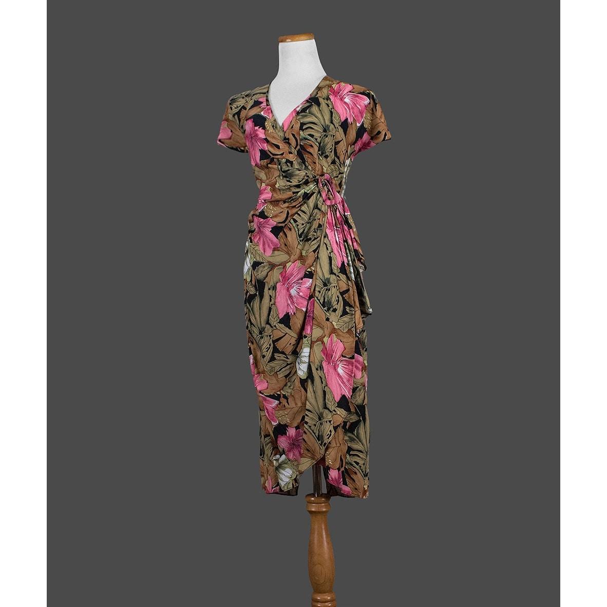 Sale vintage 1980s hawaiian dress 80s tropical by for Hawaiian wedding dresses with sleeves