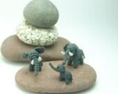 tiny crochet elephant family - tiny, micro amigurumi animals