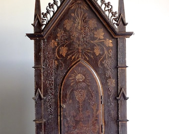 Wooden Reliquary Gothic Style Catholic Cathedral /sacred Art Shipping Included in the U.S.