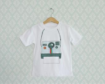 Baby Tshirt, Boys White T-shirts, Vintage Polaroid T-shirt, Retro Polaroid Camera print on Boy Tee, Vintage inspiration Tshirts
