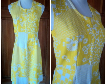 Vintage 60s Dress Sun Yellow Sundress Shift Dress Daisies Summer Mod Small 34 Bust