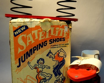 1950s 1960s ATOMIC SATELLITE JUMPING Shoes Mint in Good Box Original Fire Engine Red