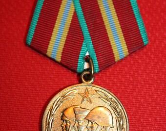 Vintage USSR medal 70 years of Soviet army