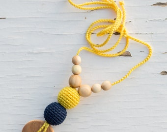 The Best Babywearing Necklace by KangarooCare - yellow & navy blue