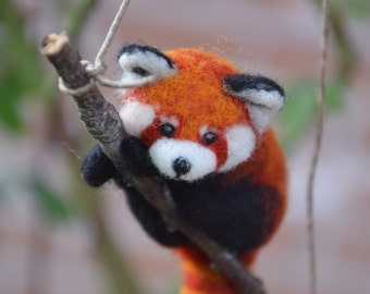 Needle Felted Red Panda (Fire Fox)