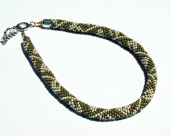 Necklace, Bead Crochet Leafy Green