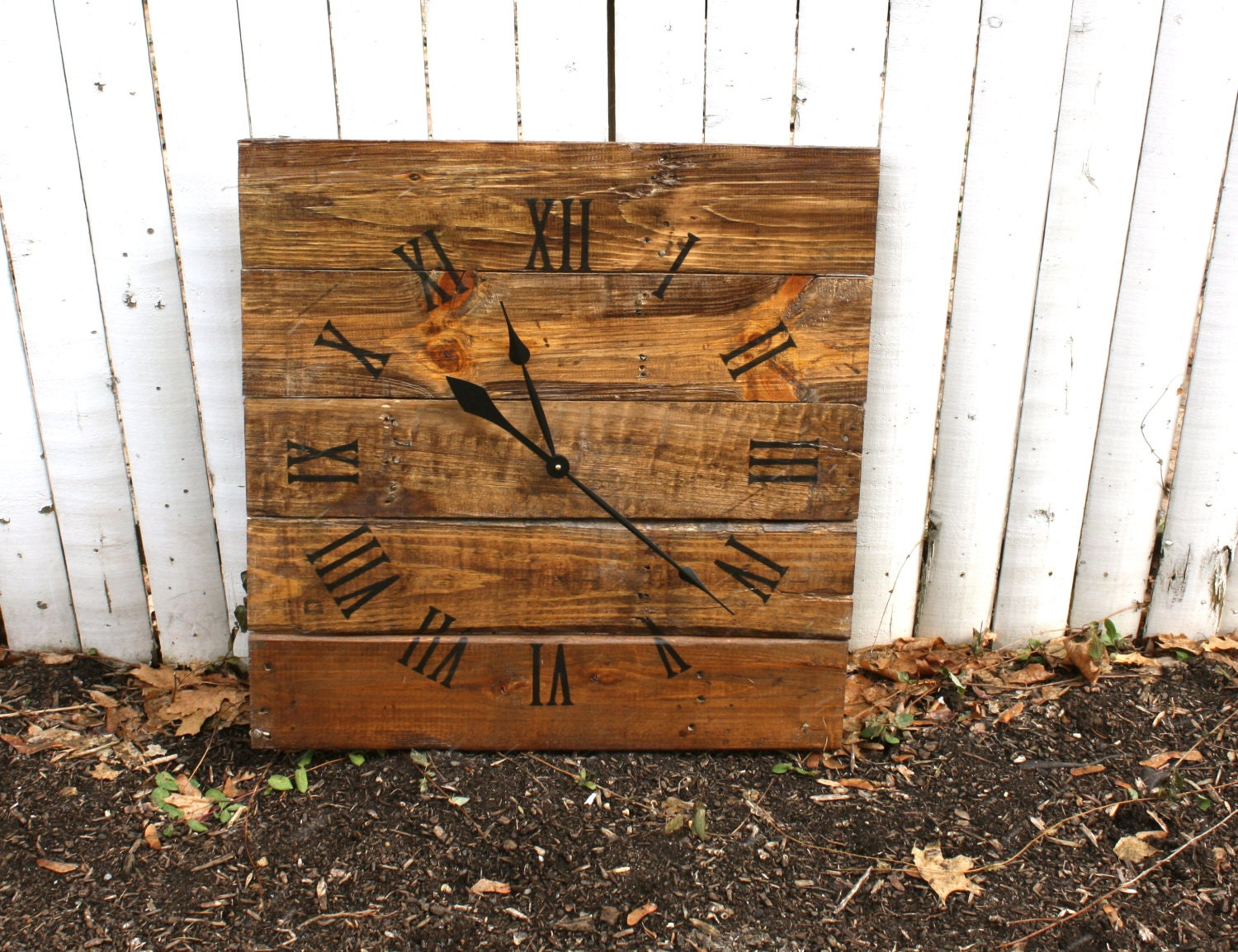 Large wall clock rustic reclaimed pallet wood custom warm for Reclaimed pallet wood wall