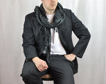 1980's Mens Suit 40R Dark Gray Plaid Fine Wool Vintage Menswear Pants 33 Business Menswear Mens Size Medium Suit Pleated Trousers Pants