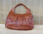 Vintage Lady's Light Brown Hand Bag Zip Up Top Purse