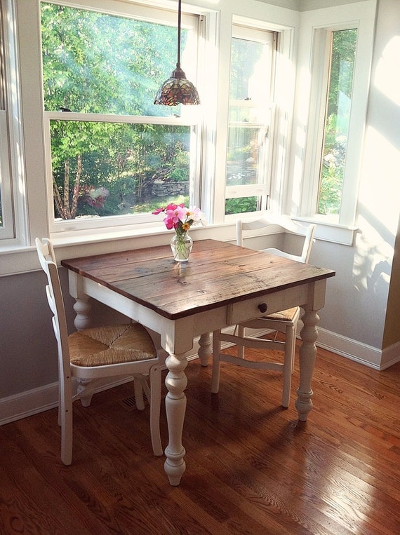 The Petite White Harvest Farm Table With Drawer
