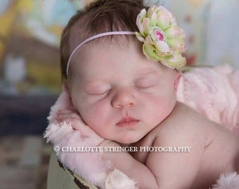 SALE Baby Headbands. Infant Headbands. Baby Bows. Baby Shower Gift. Baby Hairbow Baby hair accessories. Flower Girl Bow. Pinkpaisleybowtique