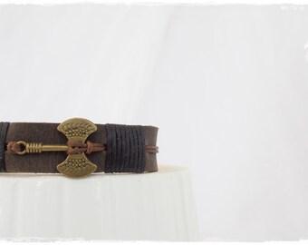 Battle Axe Bracelet, Labrys Leather Bracelet, Leather Cuff Bracelet, Double-Headed Axe Bracelet, Minoan Axe Bracelet, Ancient Greek Bracelet
