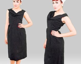 Vintage 1950s Dress /  50s Wiggle Dress  / Black Vintage 50s Dress / Black 1950s Wiggle Dress