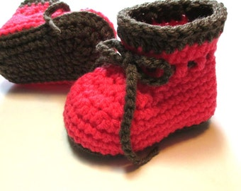 Crochet baby girl booties.  Ready to ship 3-6 month baby booties.  Pink baby booties.  Baby booties with ties.