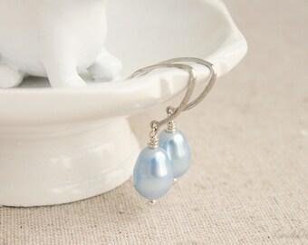 Simple Pearl Earrings
