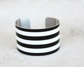 Custom Color Bracelet - Choose Your Colors - Thick Stripes - Personalized Jewelry Trends - Shown in White and Black by Zoe Madison (325)