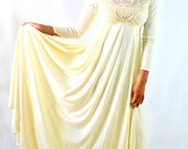 Vintage Wedding Dress Stunning Off White