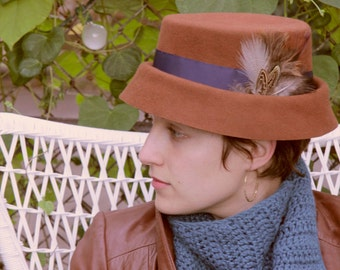 Brown Felt Hat // caramel, navy ribbon, and feathers, oh my!