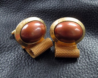 Vintage Dante cufflinks, gold tone wrap around cuff links with brown Lucite cabochons