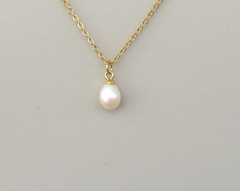 Tear drop pearl necklace, white  natural large  pearl  ,gold chain, wedding necklace