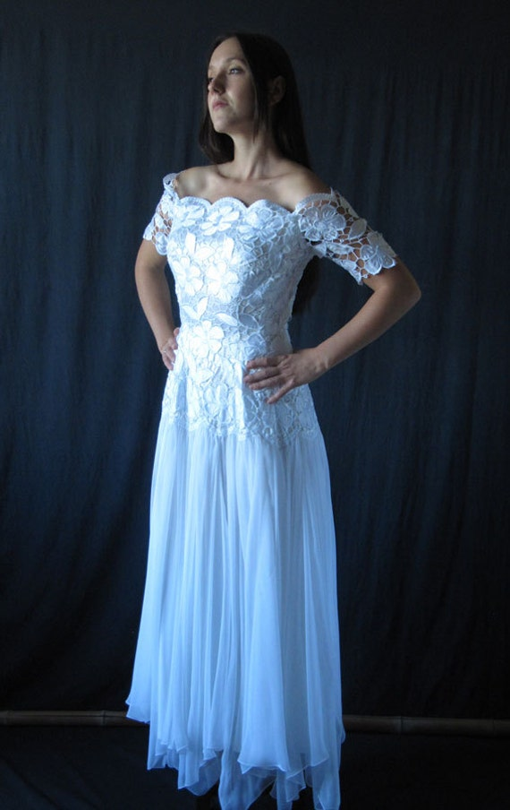 Vintage french wedding dress sateen and guipure for French vintage wedding dresses
